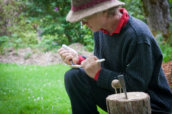 Kiko demonstrating spoon carving